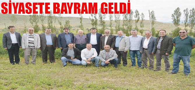 SİYASETE BAYRAM GELDİ