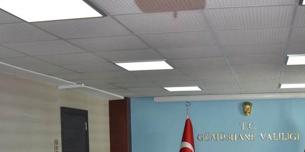 VALİ MEMİŞ,HENTBOL TAKIMINI KABUL ETTİ