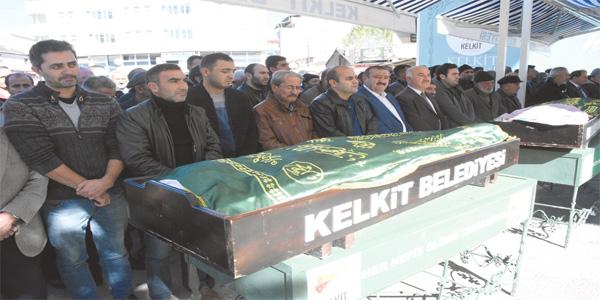 POLİS MEMURU VE AİLESİ TOPRAĞA VERİLDİ