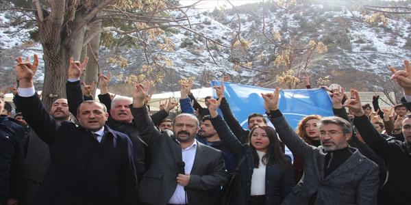 MHP'DE CUMHUR İTTİFAKI MUAMMASI