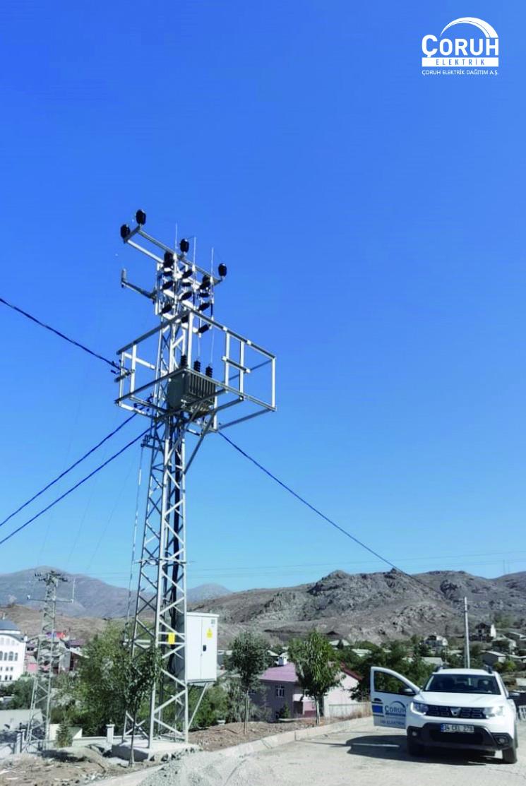 Arzularkabaköy'de Elektrik Şebekesi Yenileme Çalışmaları Devam Ediyor