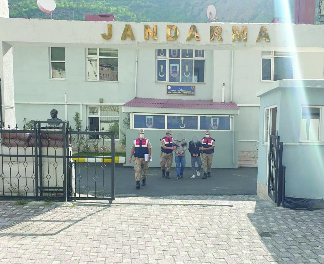 Hırsızlar Jandarma'dan Kaçamadı