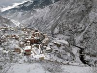 Kar Yağışı Kürtün' de Etkili Oldu