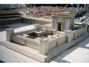 suleyman-mabedinin-aslina-uygu-olarak-hazirlanmis-maketi-001.jpg